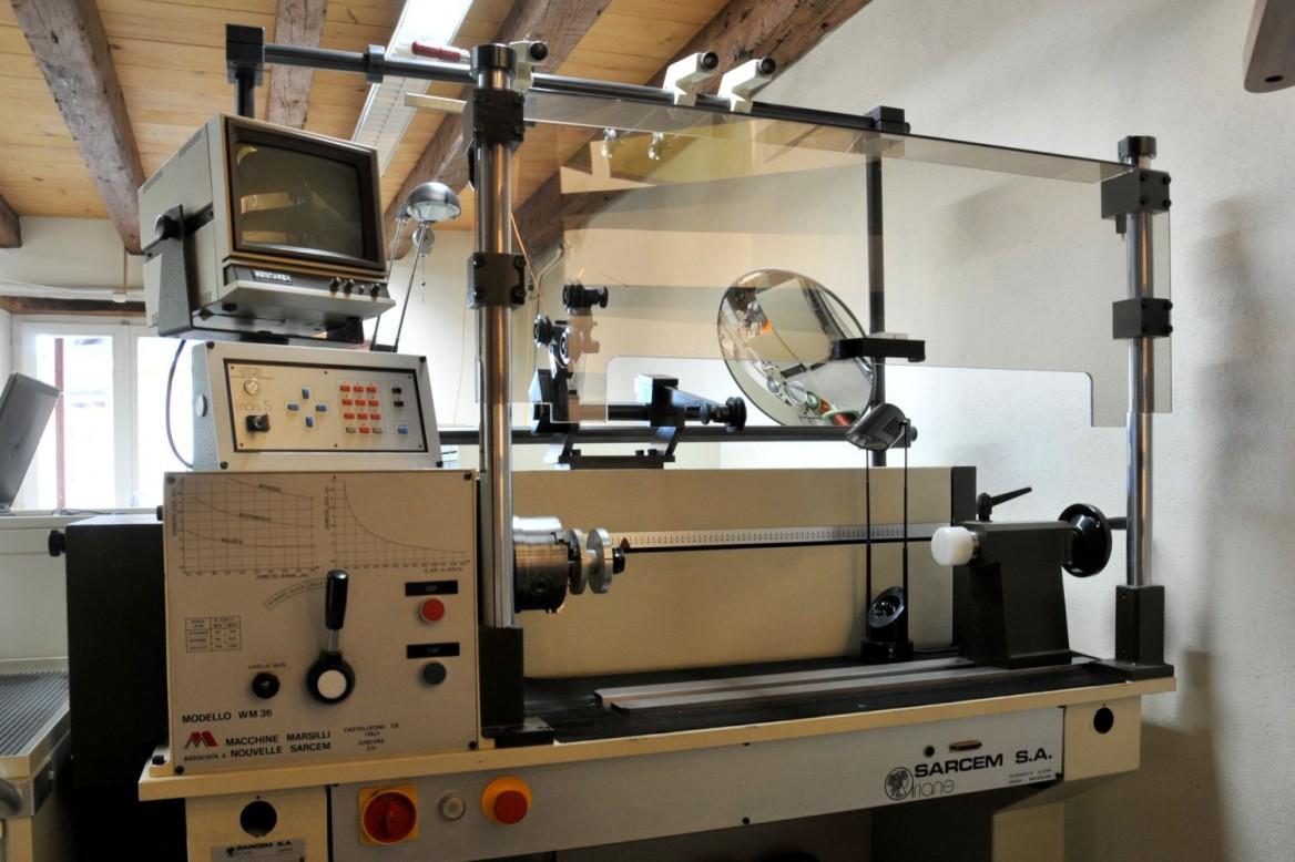 bobineuse CNC pour la fabrication de self inductance pour des filtres de haut-parleurs hifi